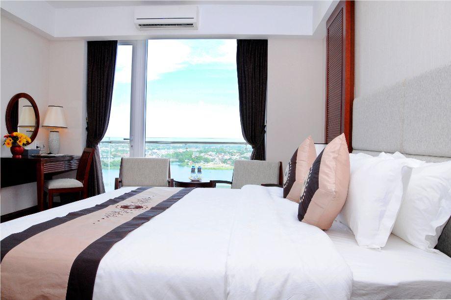 Moonlight Hotel Hue-2