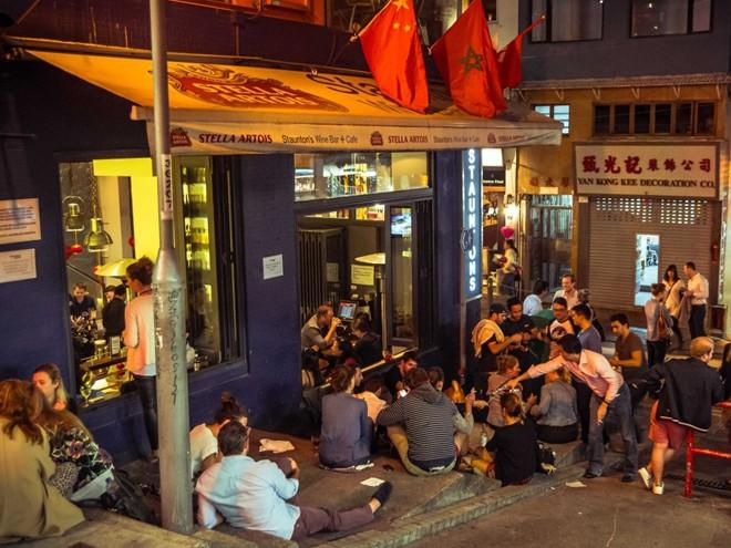 an-uong-tai-quan-bar