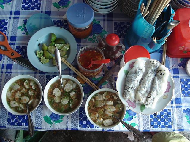 Đặc sản bánh cuốn tráng trứng ở Hà Giang