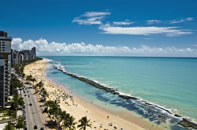 bien-Praia-De-Boa-Viagem