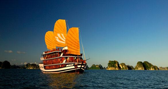 Tour du lịch Hạ Long trên du thuyền 4 sao