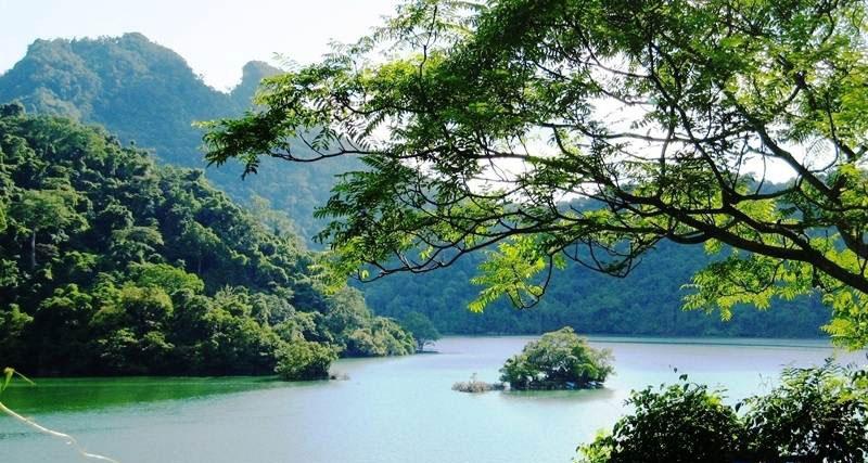 Du lịch miền Bắc: Tour du lịch Hồ Ba Bể – Thác Bản Giốc