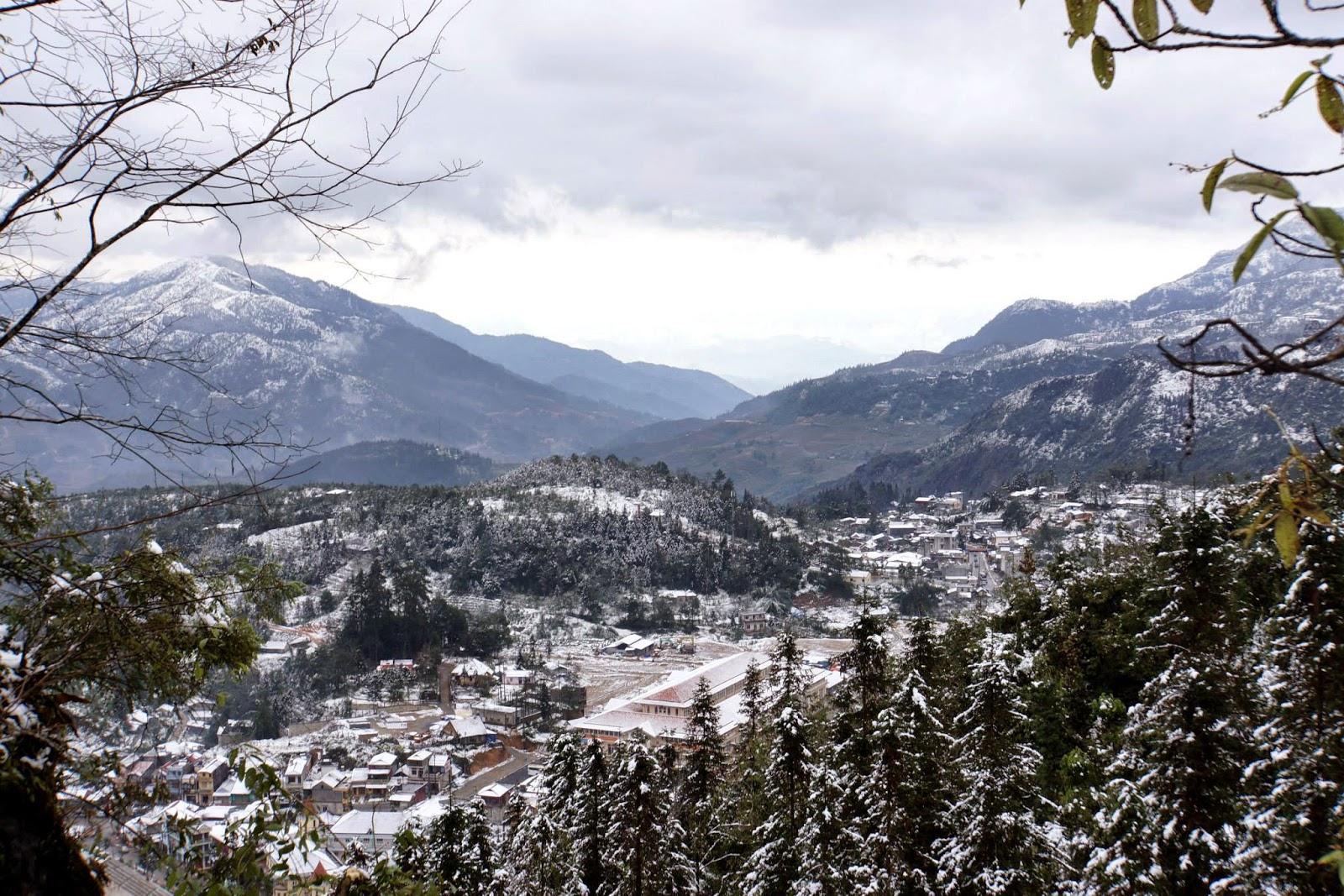 Mùa đông nơi đây có tuyết trắng bao phủ khắp nơi, hẳn là một điểm đến lãng mạn vào mùa đông