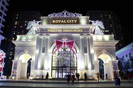 Royal City như một hoàng cung rực rỡ trong dịp Giáng sinh