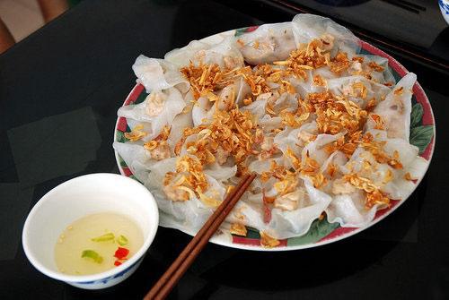 thuong-thuc-8-mon-ngon-khong-the-bo-lo-o-hoi-an 3